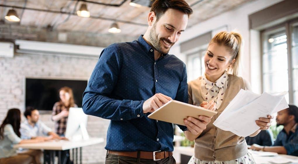 Jeder kennt sie: schwierige Mitarbeiter. Wie Sie solche Problemtypen im Büro am besten erkennen und handhaben, verraten diese fünf Tricks.