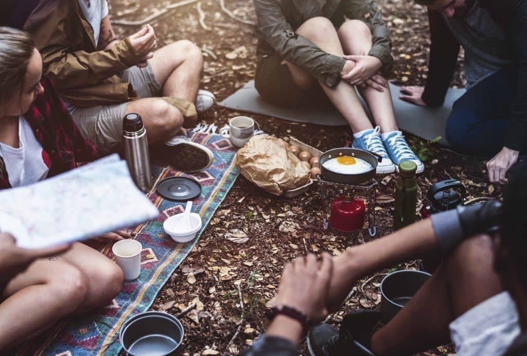 Digital Detox Urlaub in Österreich: Digital Detox, Digitale Medien, Digitale Entgiftung, Wohlbefinden, Smartphone, Geschäftsführer, Stress, Work-Life-Balance, Phubbing