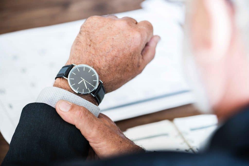 Zeit sparen durch Mitarbeiterführung, Delegieren, Delegieren von Aufgaben, Koordination, kontrollieren, übertragen, Mitarbeiter, übertragen, Delegation, Führungskräfte, Führungsstile