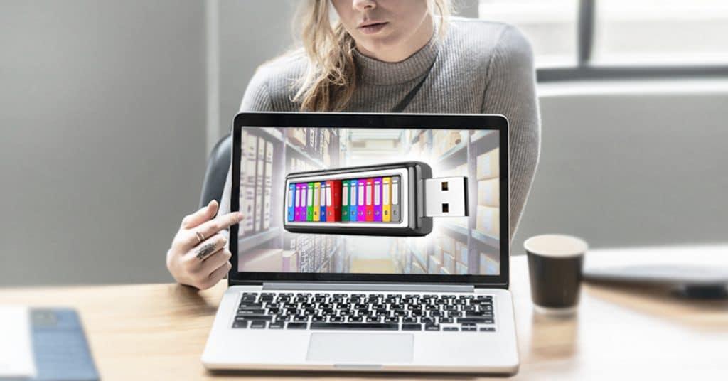 Was Unternehmer grundsätzlich über elektronische Rechnung und Archiv wissen sollten und wie der Wechsel zur papierlosen Buchhaltung funktionieren kann. BAO Österreich, elektronische Buchführung, elektronische Archivierung, Buchhaltung, Aufbewahrungsfristen Österreich, Digitalisierung, Was ist digitale Buchführung, Archiv,