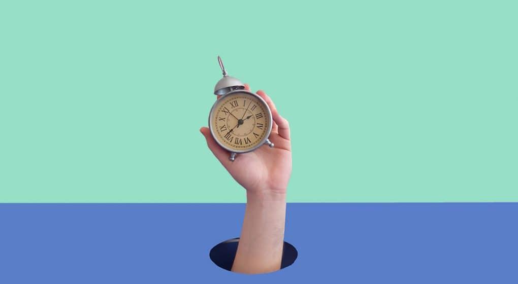 Erhöhung der Normalarbeitszeit bei Gleitzeit: Seit 01.09.2018 ermöglicht das Arbeitszeitgesetz in Österreich den 12 Stunden Tag bzw. die 60 Stunden Woche, Gleitzeit, 12 Stunden Tag, 12 Stunden Arbeitstag, Kollektivvertrag, Betriebsrat, Betriebsvereinbarung, Gleitzeitvereinbarung, 12-Stunden-Tag, Normalarbeitszeit, Zeitguthaben, Überstunden,