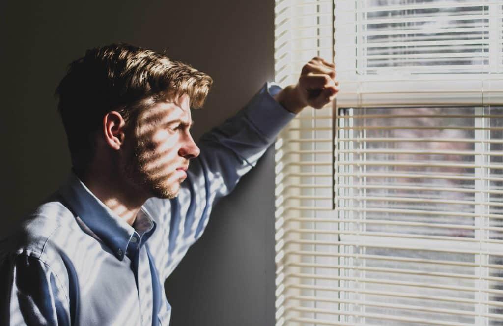 Wie Burnout erkennen, Was tun bei Burnout, Burnout, Burnout Symptome, Burnout Test, Körper, Mitarbeiter, krank, Stress, Mobbing, Schlafstörungen, Krankenstand, Herzklopfen, Bluthochdruck, Depression, Prävention,
