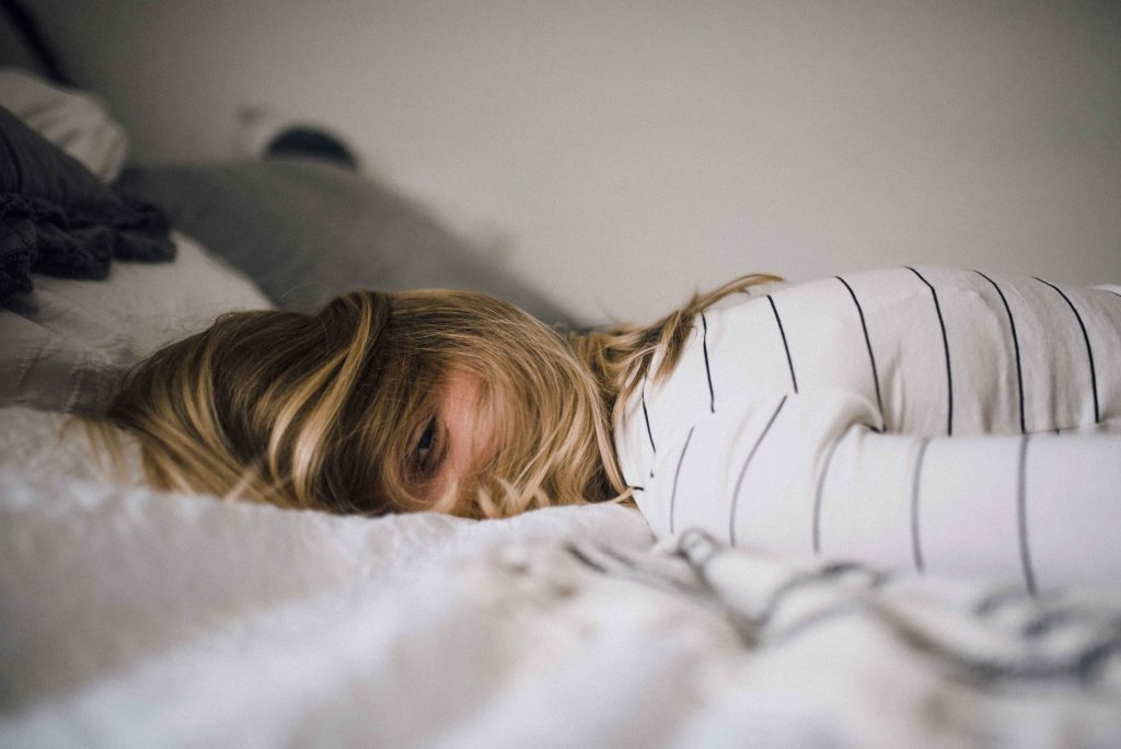 Burnout, Burnout Symptome, Burnout Test, Körper, Mitarbeiter, krank, Stress, Mobbing, Schlafstörungen, Krankenstand, Herzklopfen, Bluthochdruck, Depression, Prävention,